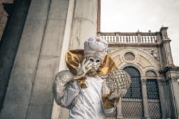 Masquerade #010
